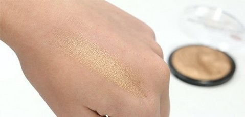 technic-technic-get-gorgeous-24-ct-gold-highlighte-swatch